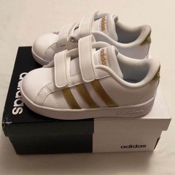 adidas Shoes   Girls Baseline New